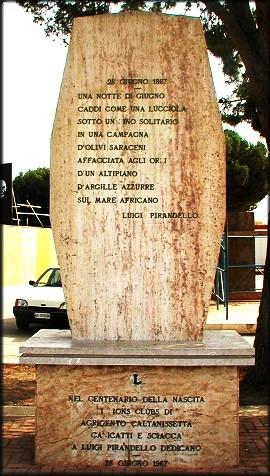 pirandello_pomnik.jpg